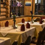 Restaurant Mooswirt Ehrwald Innen Tisch